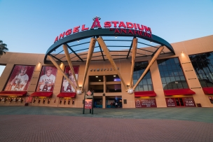 Vitamin Angels Hosts Natural Product Industry Guests at Angel Stadium